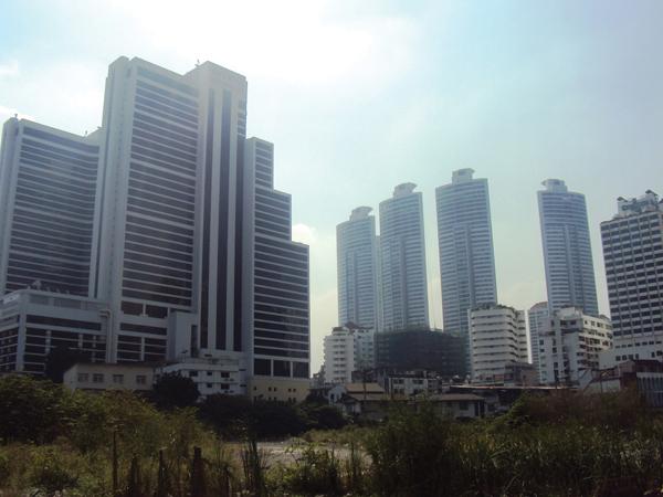 quartier moderne - architecture - mes souvenirs de voyage