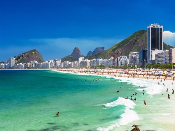 La mythique plage de Copacabana à Rio de Janeiro (Brésil) - MSDV