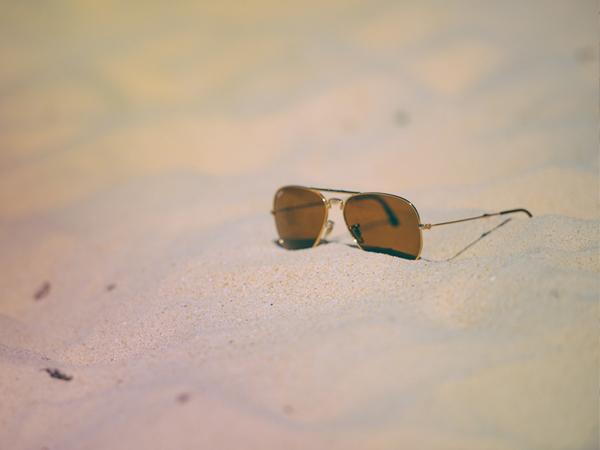 lunette de soleil en voyage - MSDV