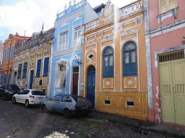 Maisons colorées Salavdor de Bahia BRESIL