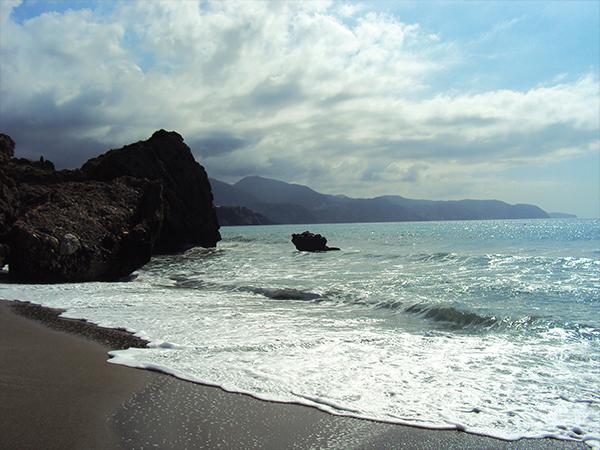 plage visiter Nerja Andalousie blog voyage MSDV
