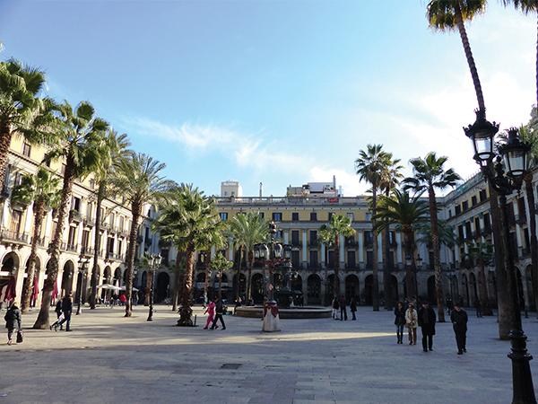 Placa Real Barcelone blog voyage - visiter Barcelone en 5 jours : incontournables de Barcelone