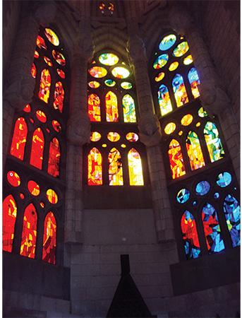 vitraux lumière Sagrada Familia Gaudi Visiter Barcelone en 5 jours Blog Voyage MSDV_0005_DSC03829