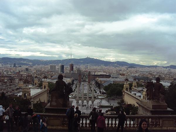 vue depuis le MNAC visiter Barcelone blog voyage Mes Souvenirs de Voyage