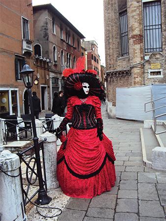 Costume Carnaval de Venise blog voyage Mes Souvenirs de Voyage