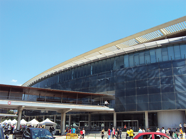 Visiter Barcelone Camp Nou passerelle