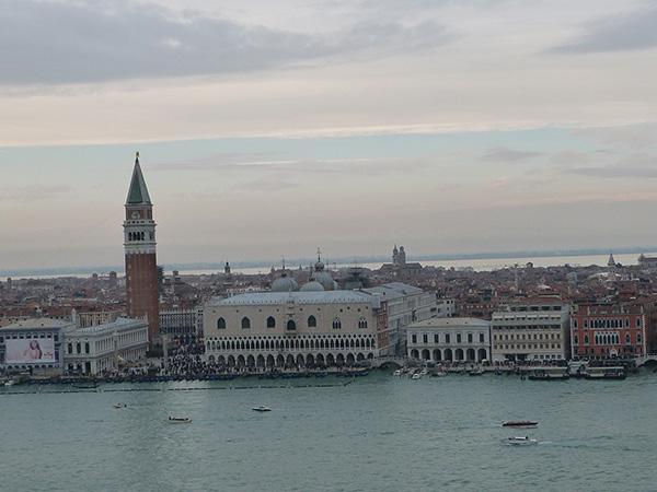 Vue Place Saint Marc Visiter Venise en 4 jours Blog Voyage MSDV Mes Souvenirs de Voyage