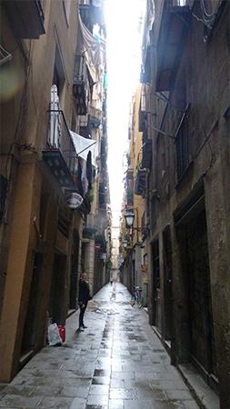 ruelle bario gotico quartier gothique Barcelone
