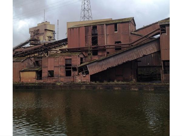 Urbex charleroi usine hallage
