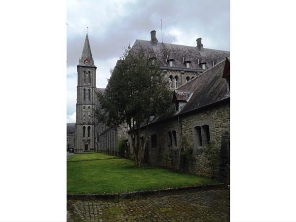 Exterieur Abbaye Maredsous