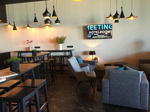 Andromeda Hotel Ostande lounge bar