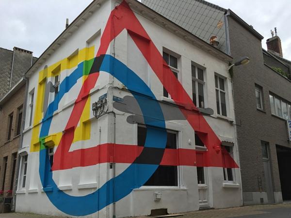 Street Art Ostende Chrystal Ship géométrie
