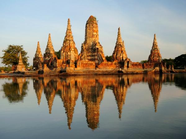 ensemble de temples Wat Chaiwatthanaram visiter Ayutthaya