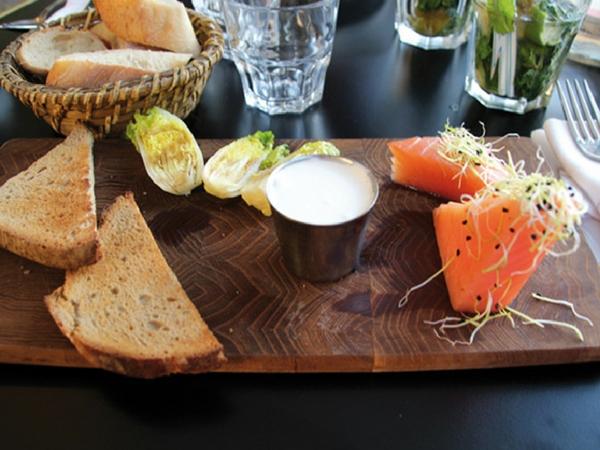 Cafe bleu Chartres entree - manger à Chartres