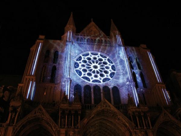 Chartes en lumieres cathedrale - découvrir Chartres