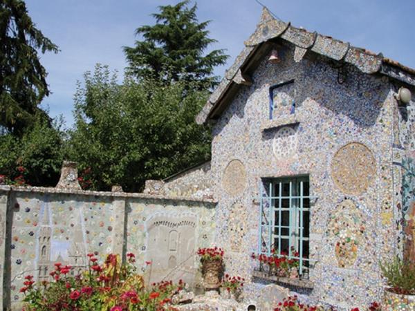 Chartres Maison Picassiette - découvrir Chartres