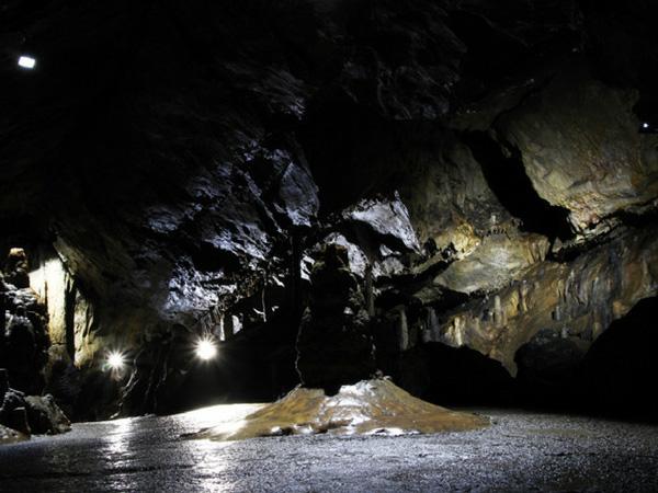 grottes-de-han