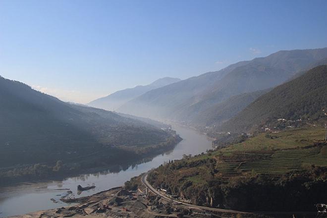 vue Trek des Gorges du Saut du Tigre Yunnan Chine