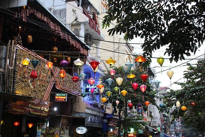 lampions Hanoi Vietnam