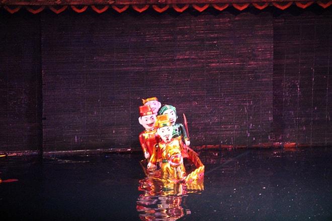 marionnettes sur eau Hanoi Vietnam