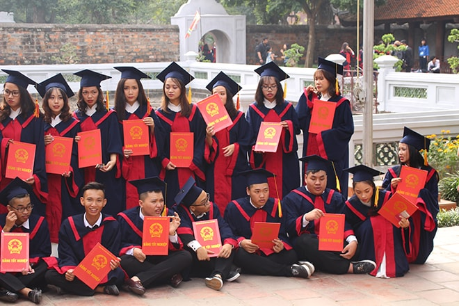 remise diplome Hanoi Vietnam