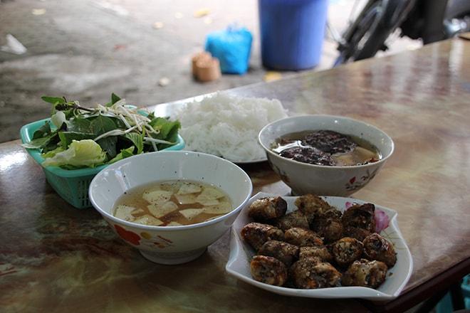 Manger à Hanoi Bun Cha