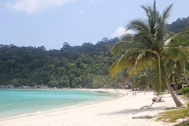 Plage sable blanc Iles Perhentian Malaisie
