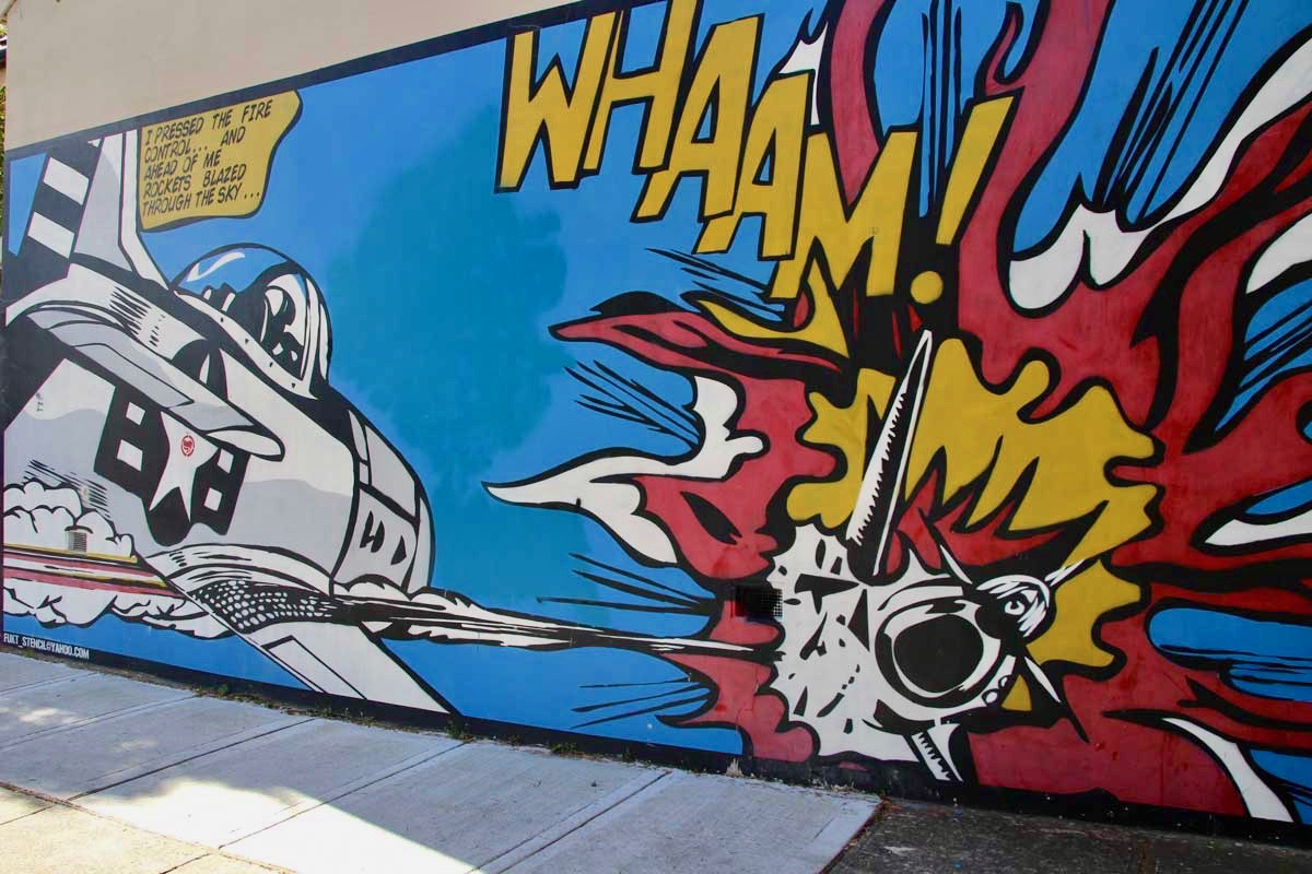 Street Art avion Newtown Sydney