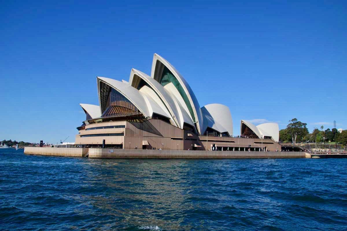 Opera de Sydney vu depuis le ferry