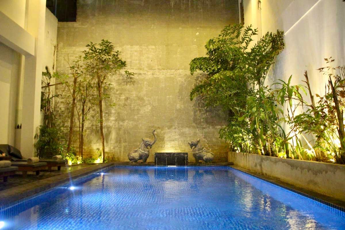 piscine Hotel Balconitel Phnom Penh Cambodge