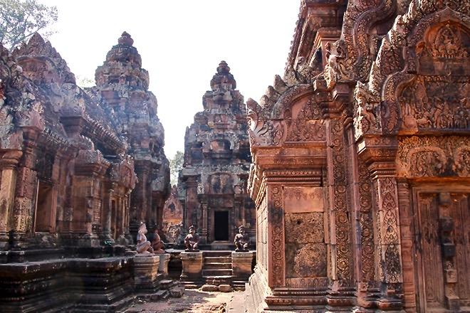 Banta Srey temples Angkor Cambodge