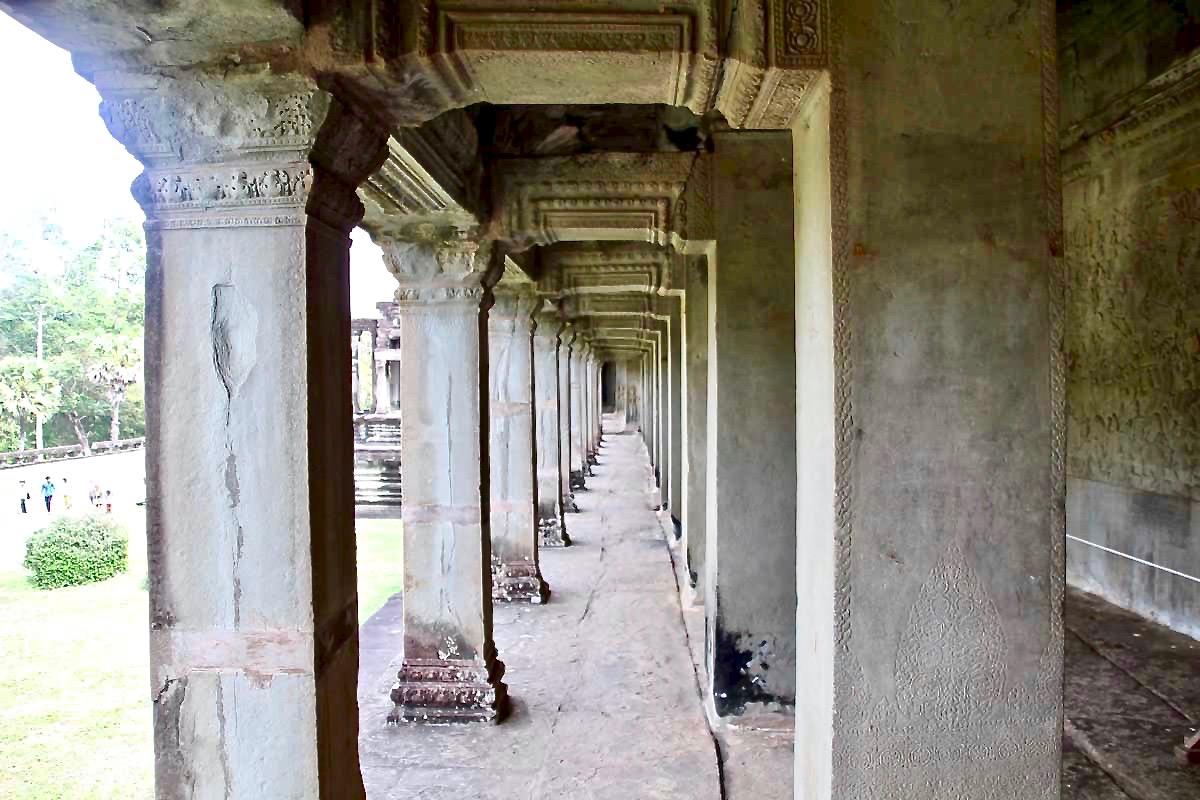 couloir Angkor Wat Temples Cambodge
