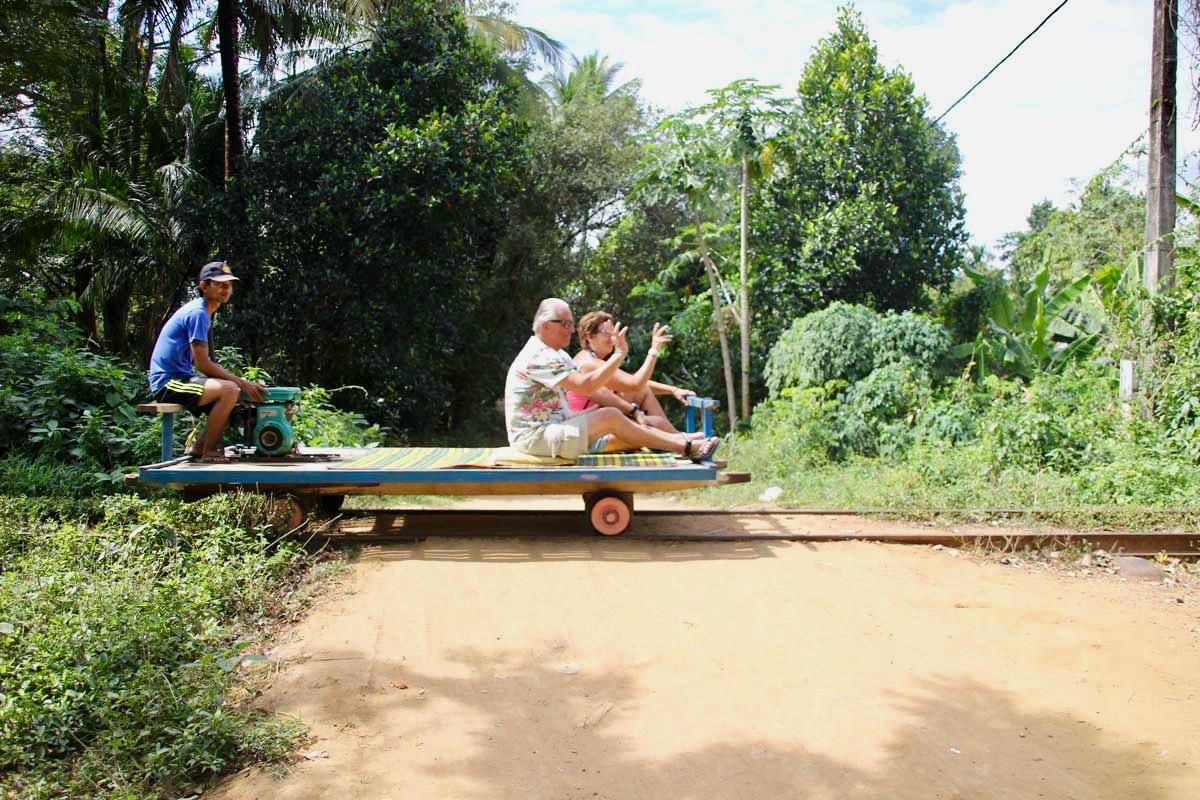 battambang bamboo train touriste