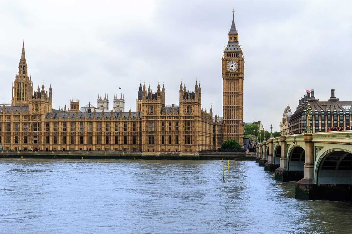 Palais-de-Westminster-Tamise-Londres